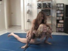 Female Wrestling - Liz vs Christine